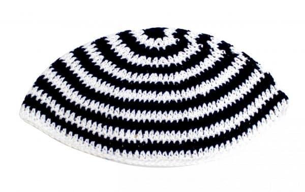 Large Kippa - thick knitting - white and black (20 cm) 1